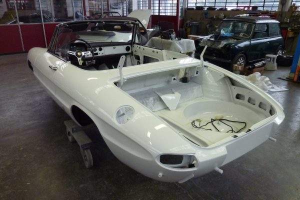 Alfa-Romeo-Duetto-1.6-18-Custom