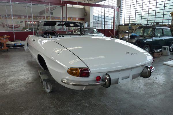 Alfa-Romeo-Duetto-1.6-20-Custom