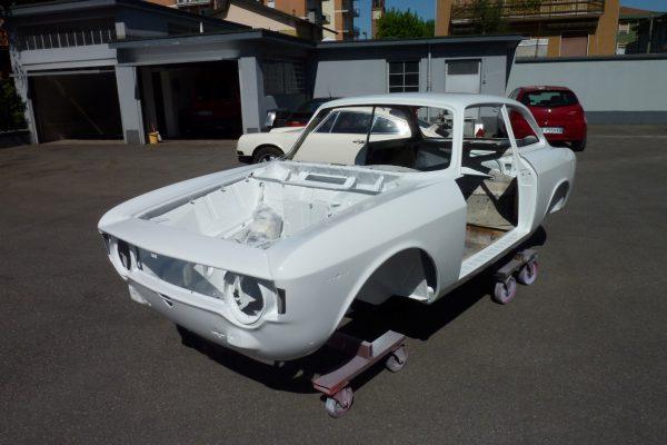 Alfa-Romeo-GT-1.6-Veloce.jpg-14