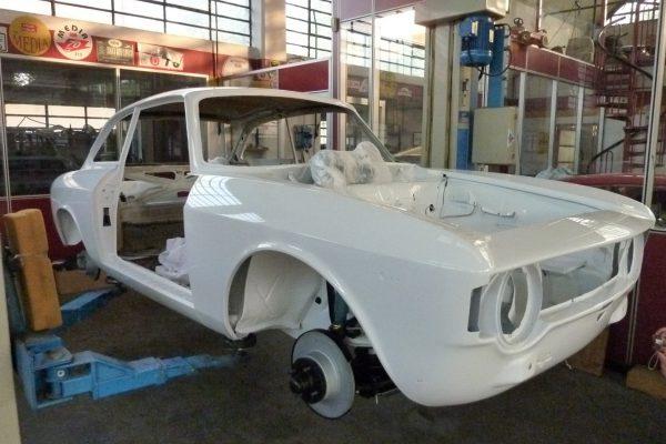 Alfa-Romeo-GT-1.6-Veloce.jpg-21