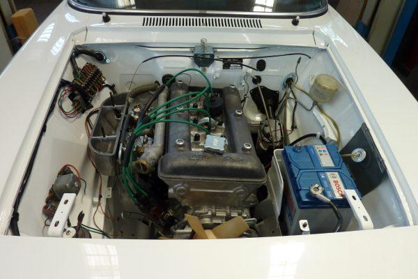 Alfa-Romeo-GT-1.6-Veloce.jpg-23