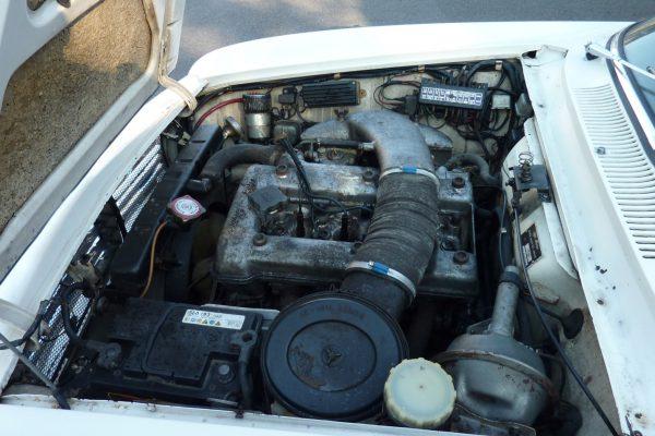 Alfa-Romeo-GT-1.6-Veloce.jpg-6