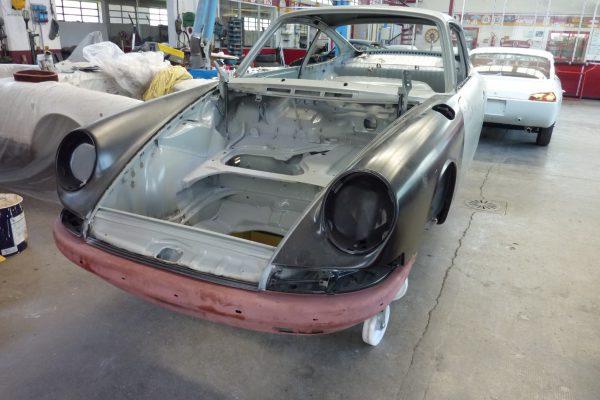 Porsche-911-2.0-S-1968-13