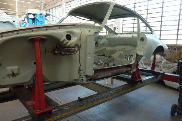 Porsche-911-2.0-S-1968-33