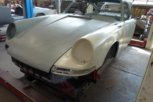Porsche-911-2.0-S-1968-38