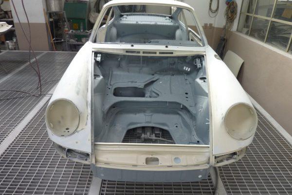 Porsche-911-2.0-S-1968-48
