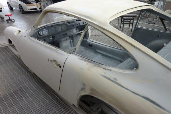 Porsche-911-2.0-S-1968-50