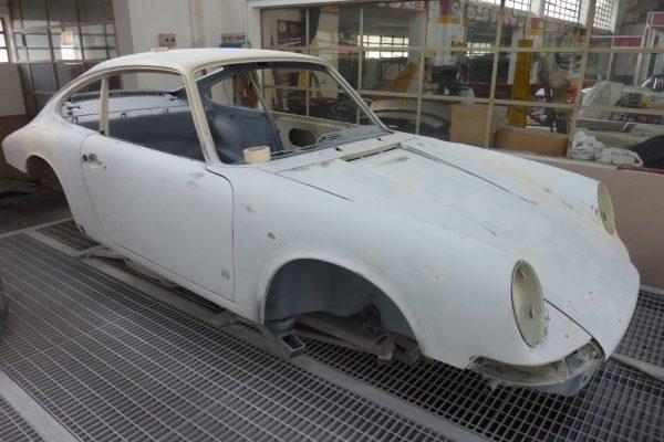 Porsche-911-2.0-S-1968-52