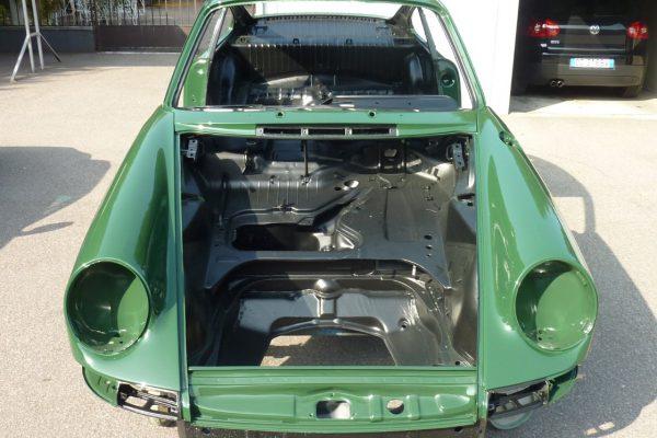 Porsche-911-2.0-S-1968-59