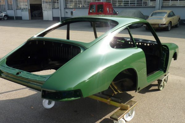 Porsche-911-2.0-S-1968-61