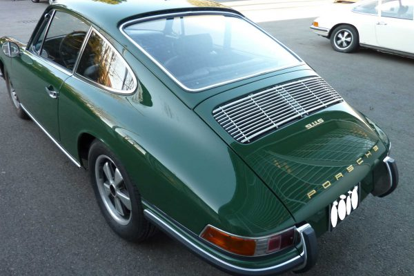 Porsche-911-2.0-S-1968-73