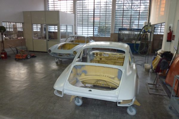 Porsche-911-2.0-S-1969-12