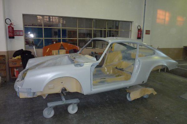 Porsche-911-2.0-S-1969-13