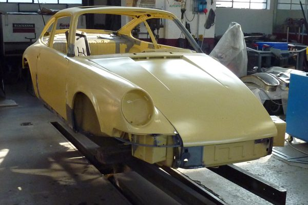 Porsche-911-2.0-S-1969-2