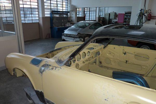 Porsche-911-2.0-S-1969-9
