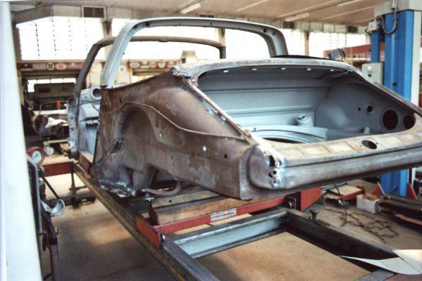 Porsche-911-2.0-S-Targa-1967-12