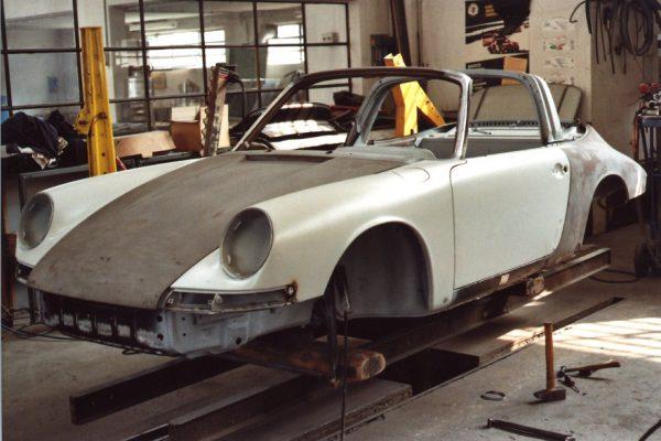 Porsche-911-2.0-S-Targa-1967-18