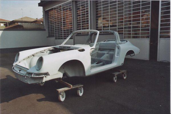 Porsche-911-2.0-S-Targa-1967-27
