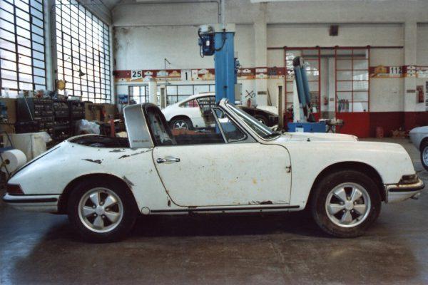 Porsche-911-2.0-S-Targa-1967-3