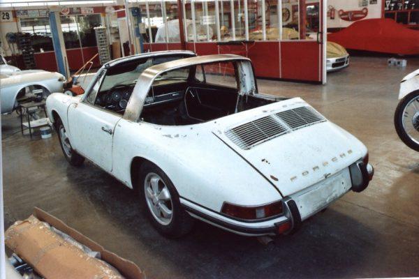 Porsche-911-2.0-S-Targa-1967-4