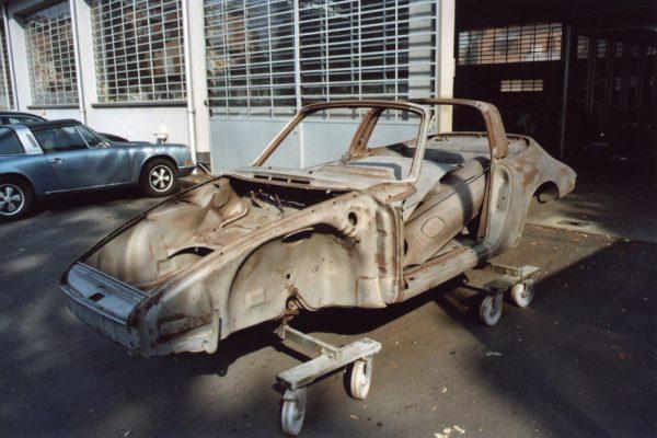 Porsche-911-2.0-S-Targa-1967-6