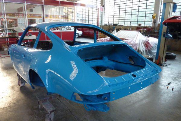 Porsche-911-Carrera-2.7-13