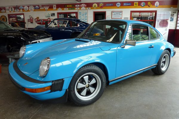 Porsche-911-Carrera-2.7-16