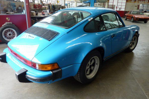 Porsche-911-Carrera-2.7-17