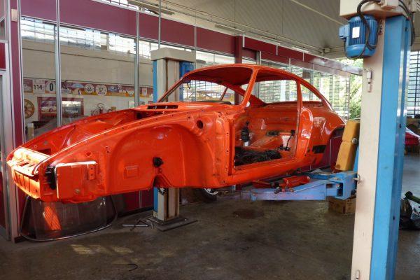 Porsche-911-RS-2.7-Tangerine-1-Custom_01