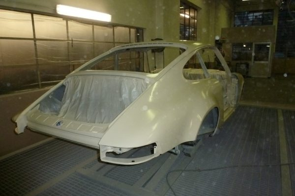 Porsche-911-RS-2.7-Tangerine-10-Custom