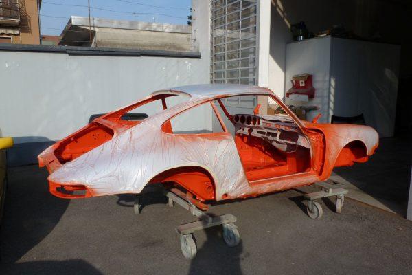 Porsche-911-RS-2.7-Tangerine-12-Custom