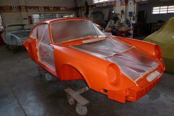 Porsche-911-RS-2.7-Tangerine-14-Custom