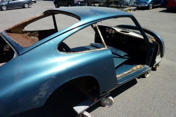 Porsche-911-1965-27