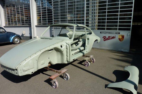 Porsche-911-1965-29