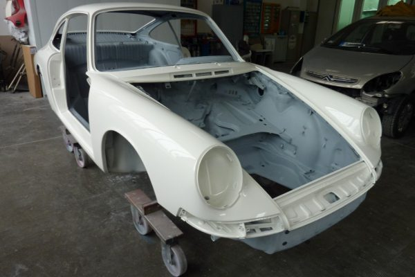 Porsche-911-1965-60