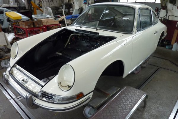 Porsche-911-1965-71