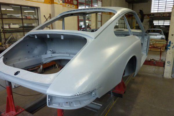 Porsche-911-2.0-1966-141