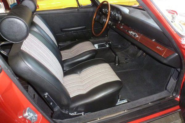 Porsche-911-2.0-1966-46