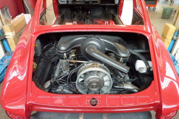 Porsche-911-2.0-1966-61