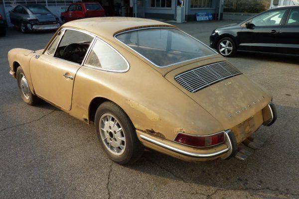 Porsche-911-2.0S-1967-17