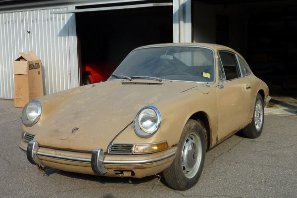 Porsche-911-2.0S-1967-3