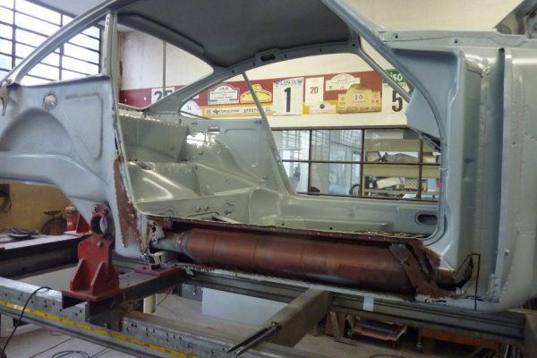 Porsche-911-2.0S-1967-44