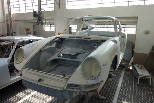 Porsche-911-2.0S-1967-56