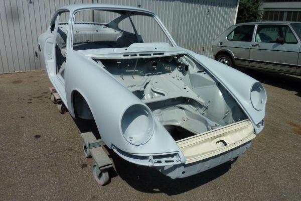 Porsche-911-2.0S-1967-64