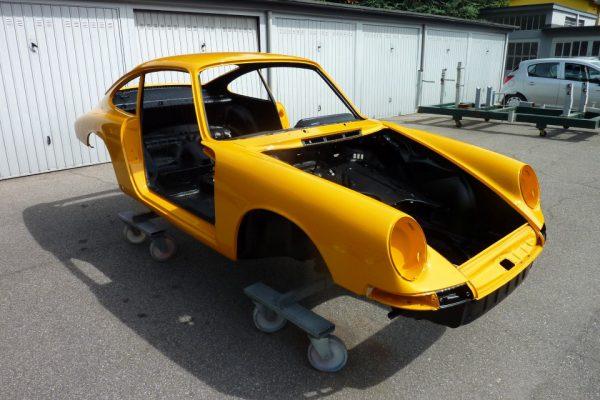 Porsche-911-2.0S-1967-77