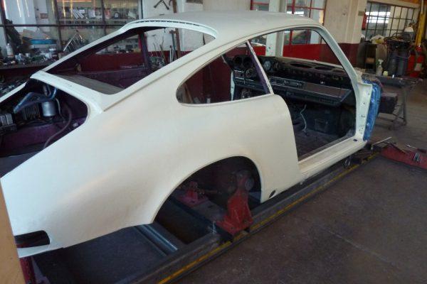 Porsche-911-2.4-E-1972-17