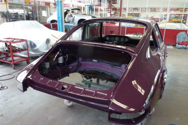 Porsche-911-2.4-E-1972-35