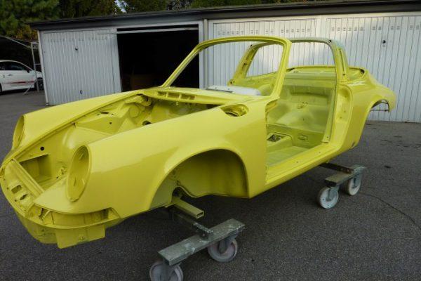 Porsche-911-2.4-T-Targa-12