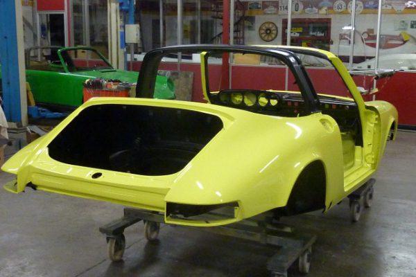 Porsche-911-2.4-T-Targa-17