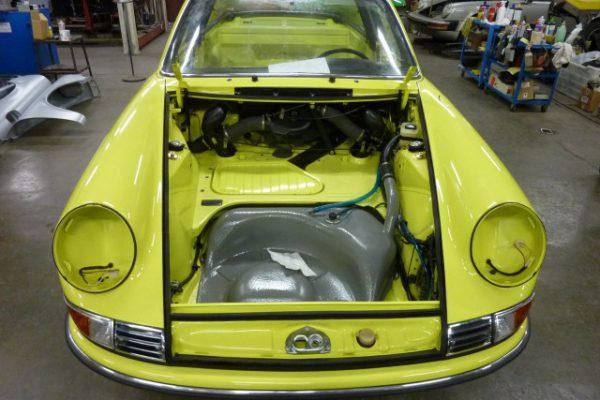 Porsche-911-2.4-T-Targa-26